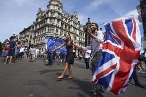 7794470860_au-royaume-uni-certains-demandent-la-tenue-d-un-deuxieme-vote-sur-le-brexit